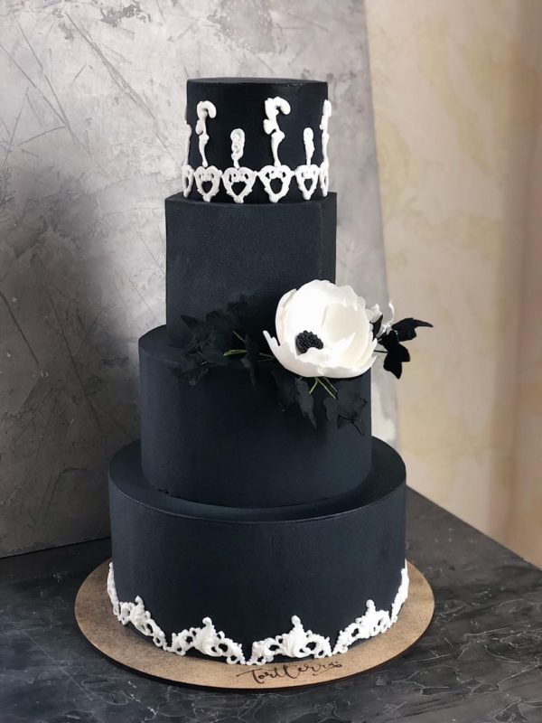blackweddingcake